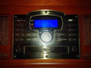 panel control radio